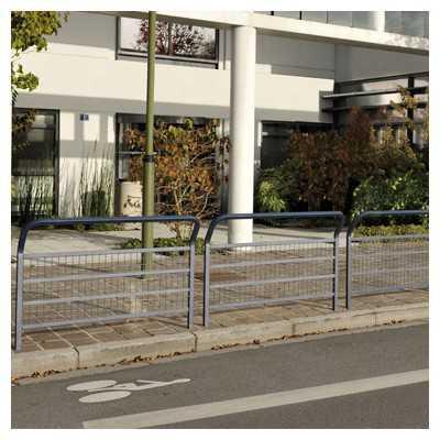 Bariera miejska drogowa z okratowaniem