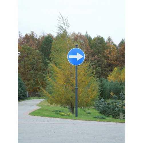 Maszt do znaków drogowych