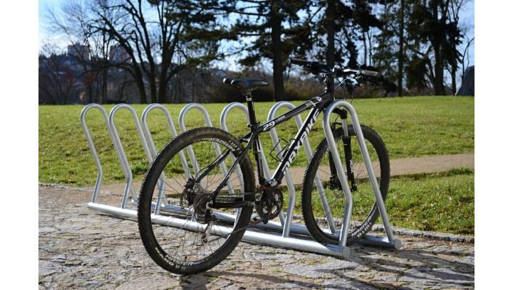 Stojaki rowerowe, czyli bezpieczeństwo i wygoda cyklistów